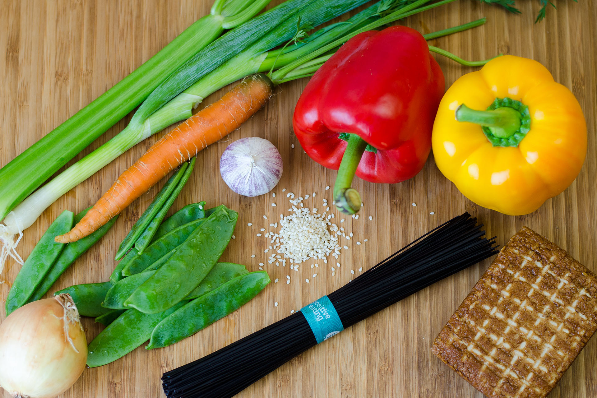 Zutaten Schwarze Reisnudeln Nudeln mit Tofu und Gemüse