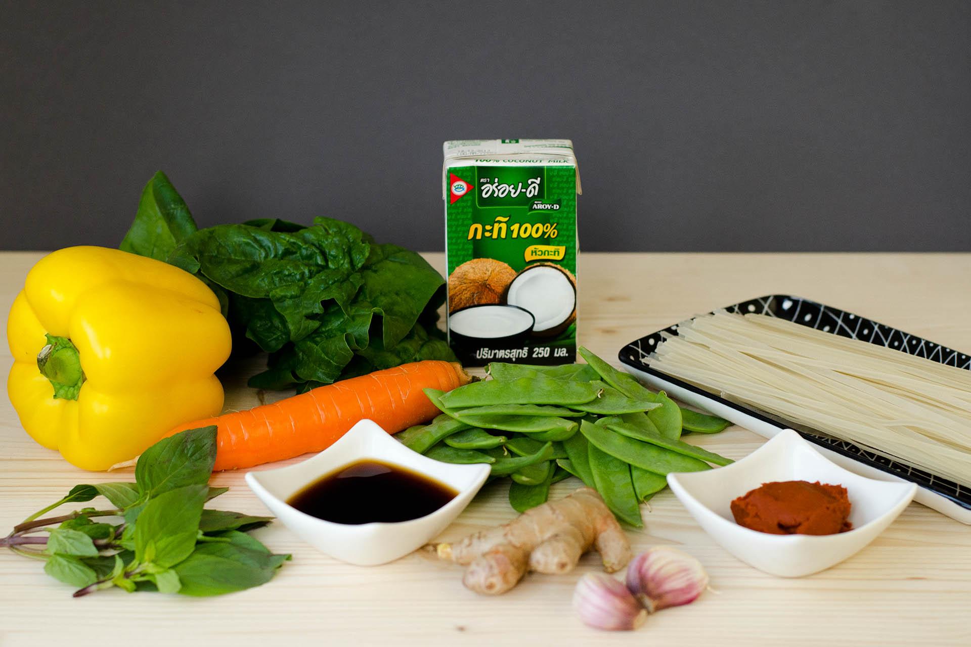 Zutaten für Thai Curry Nudeln im Wokpiraten Style